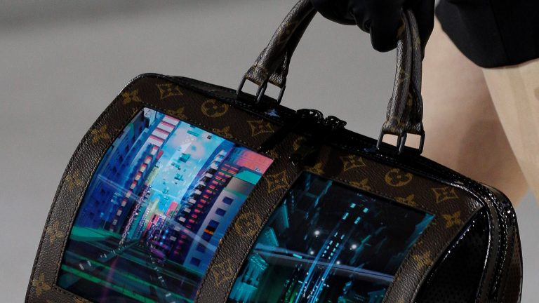 Louis Vuitton and Royole put two web browsers on a handbag