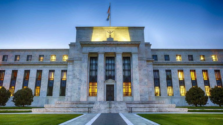 The Fed expands its $600 billion lending program for struggling businesses but leaves start date unannounced